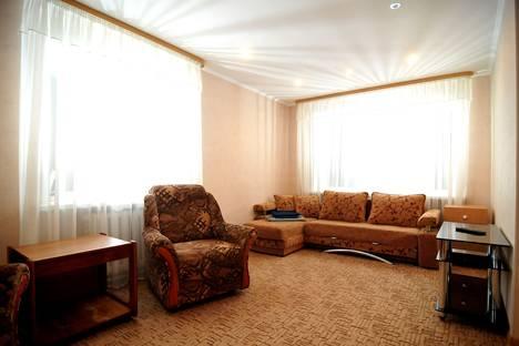 Сдается 1-комнатная квартира посуточно в Ухте, проспект Ленина, 10.
