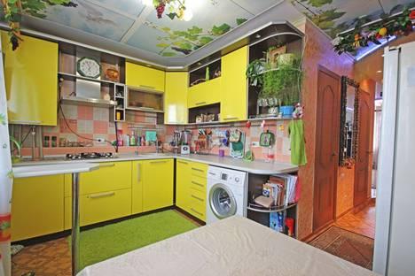 Сдается 2-комнатная квартира посуточно в Анапе, ул. Родниковая, 2.