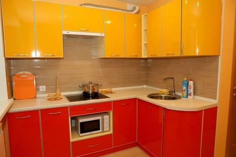Сдается 5-комнатная квартира посуточно в Дзержинске, Привокзальная площадь, д 8.