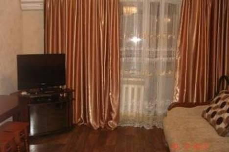 Сдается 1-комнатная квартира посуточно в Одессе, Щорса 125/2.