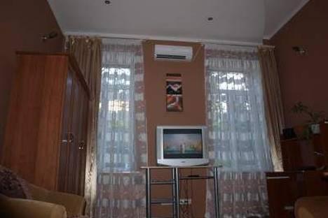 Сдается 1-комнатная квартира посуточно в Одессе, Толстого 32.
