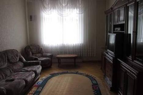 Сдается 2-комнатная квартира посуточно в Одессе, проспект Гагарина 6.