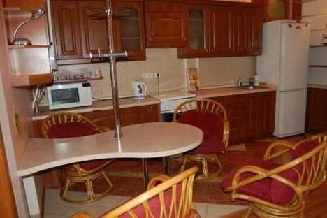 Сдается 3-комнатная квартира посуточно в Одессе, Пушкинская 58.