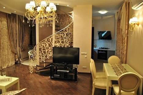 Сдается 3-комнатная квартира посуточно в Одессе, ул. Соборная пл., 10.