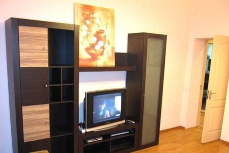 Сдается 1-комнатная квартира посуточно в Киеве, ул. Попудренко, 18а.