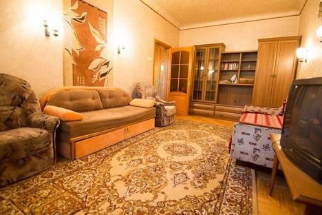 Сдается 1-комнатная квартира посуточно в Днепре, ул.Титова 9.