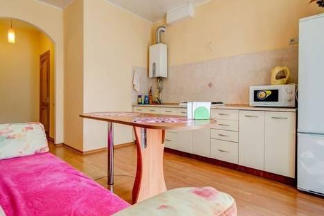 Сдается 1-комнатная квартира посуточно в Днепре, Московская, 31.