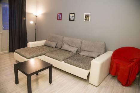 Сдается 1-комнатная квартира посуточнов Красноярске, ул. Карамзина, 18.