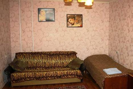 Сдается 1-комнатная квартира посуточно в Мариуполе, проспект Ленина, 106.