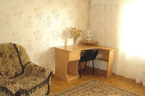 Сдается 1-комнатная квартира посуточно в Мариуполе, пр. Строителейа, 142.