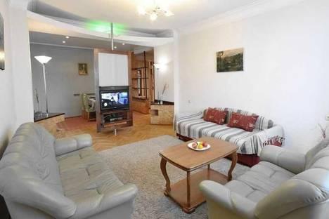 Сдается 3-комнатная квартира посуточно в Минске, ул. Киселева, 7.