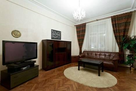 Сдается 4-комнатная квартира посуточно в Минске, ул. Киселева, 4.
