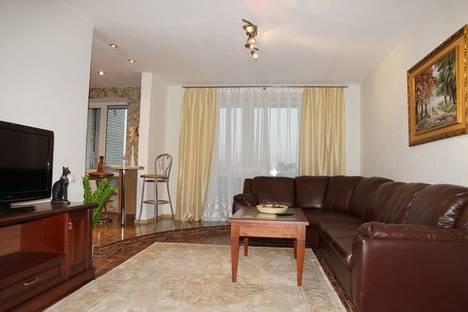 Сдается 3-комнатная квартира посуточно в Минске, Сторожевская, 8.