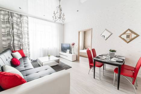 Сдается 5-комнатная квартира посуточно в Минске, улица Карла Маркса 21.