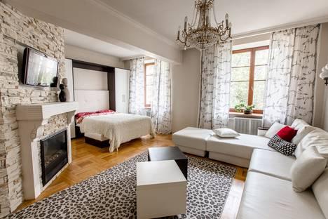 Сдается 4-комнатная квартира посуточно в Минске, Независимости,46.