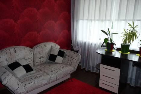 Сдается 3-комнатная квартира посуточнов Горно-Алтайске, ул. Чорос-Гуркина Г.И., 74.