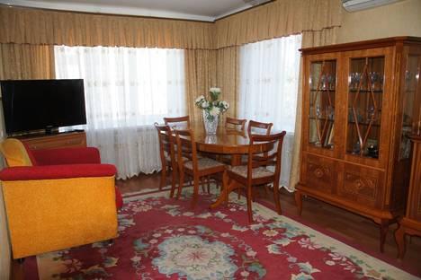 Сдается 3-комнатная квартира посуточно, ул. им Рокоссовского, 24а.