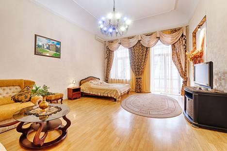 Сдается 1-комнатная квартира посуточнов Ильичёвске, Пушкинская, 35.