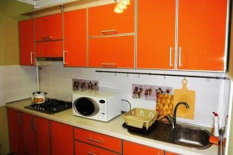 Сдается 2-комнатная квартира посуточно в Евпатории, ул. Перекопская д.4.