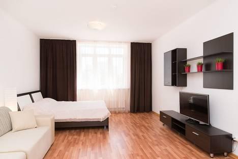 Сдается 3-комнатная квартира посуточно в Екатеринбурге, 8 марта 190.