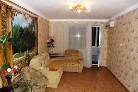 Сдается 2-комнатная квартира посуточно в Евпатории, ул.Фрунзе д.69.