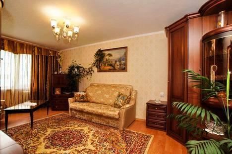 Сдается 3-комнатная квартира посуточнов Туапсе, Небуг, ул.Газавиков, д.2, кв.31.