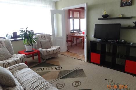 Сдается 2-комнатная квартира посуточно в Набережных Челнах, проспект Сююмбике, 28.