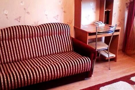 Сдается 2-комнатная квартира посуточно в Таганроге, ул. Морозова, 4.