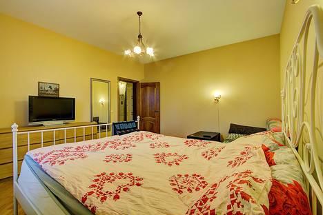 Сдается 1-комнатная квартира посуточнов Санкт-Петербурге, Загребский бульвар, 15.