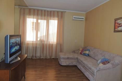 Сдается 1-комнатная квартира посуточнов Витязеве, ул. Тургенева, 271, р-н РГСУ, военная часть ВДВ.