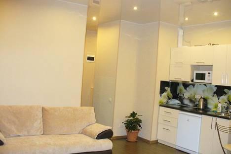Сдается 1-комнатная квартира посуточно в Сочи, ул. Параллельная, 9.
