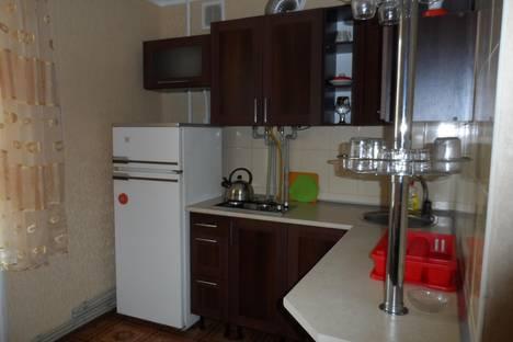 Сдается 1-комнатная квартира посуточно в Феодосии, Революционная ул., 16.