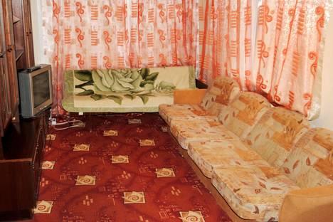 Сдается 1-комнатная квартира посуточно в Северодвинске, Воронина 28.