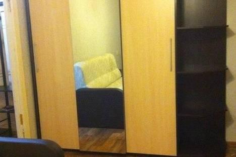 Сдается 1-комнатная квартира посуточно в Дзержинске, ул. Петрищева, 17.