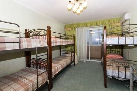 Сдается 4-комнатная квартира посуточно в Краснодаре, ул. Советская, 22.
