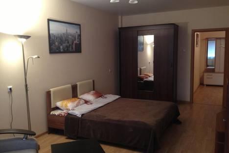 Сдается 1-комнатная квартира посуточно в Дзержинске, Ленина 52.