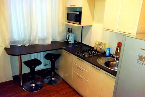 Сдается 1-комнатная квартира посуточно в Нижнем Тагиле, ул. Карла Маркса, 89.