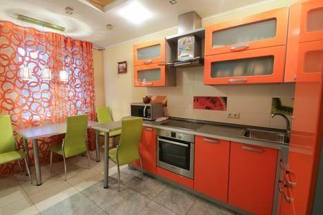 Сдается 2-комнатная квартира посуточнов Саратове, Большая Горная 243.