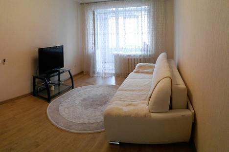 Сдается 1-комнатная квартира посуточнов Бузулуке, 3 микрорайон 19.