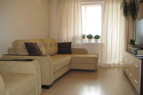 Сдается 2-комнатная квартира посуточнов Смолевичах, Руссиянова 24.