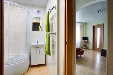 Сдается 2-комнатная квартира посуточнов Волжском Утёсе, Комсомольская ул., 44.