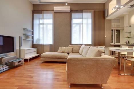 Сдается 2-комнатная квартира посуточнов Санкт-Петербурге, Реки Фонтанки набережная, 50.