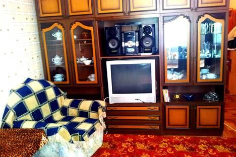 Сдается 1-комнатная квартира посуточно в Нижнем Тагиле, Строителей проспект, 24.