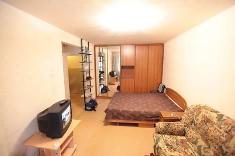 Сдается 1-комнатная квартира посуточнов Березниках, ломоносова 85.