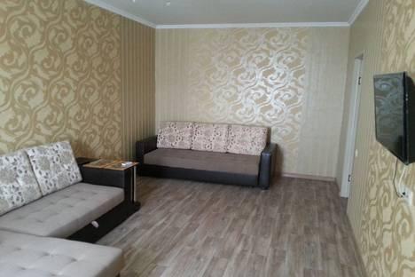Сдается 1-комнатная квартира посуточнов Рязани, Первомайский проспект, 76/3.