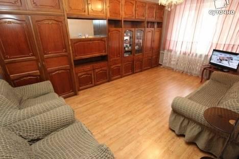 Сдается 2-комнатная квартира посуточно в Алматы, Есенова Шахмардана улица, д. 9.