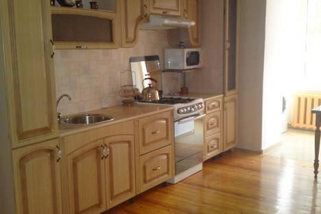 Сдается 3-комнатная квартира посуточно в Уральске, Евразия, 40.