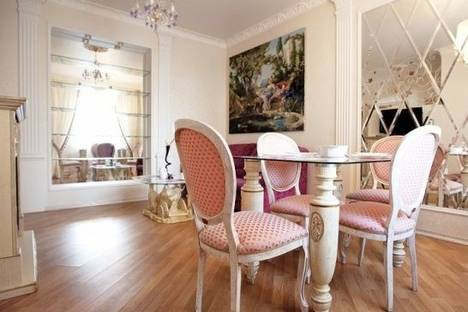 Сдается 2-комнатная квартира посуточно в Минске, Богдановича улица, д. 23.