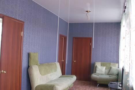 Сдается 4-комнатная квартира посуточно в Кургане, Пичугина,15.