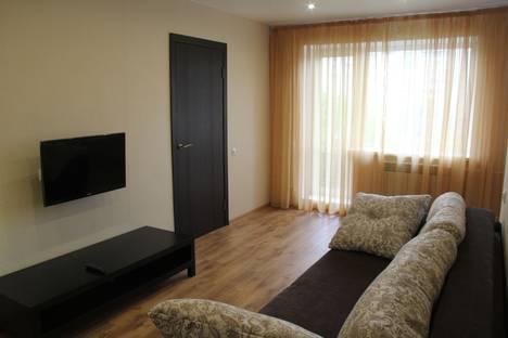 Сдается 2-комнатная квартира посуточнов Челябинске, проспект Ленина, 33А.